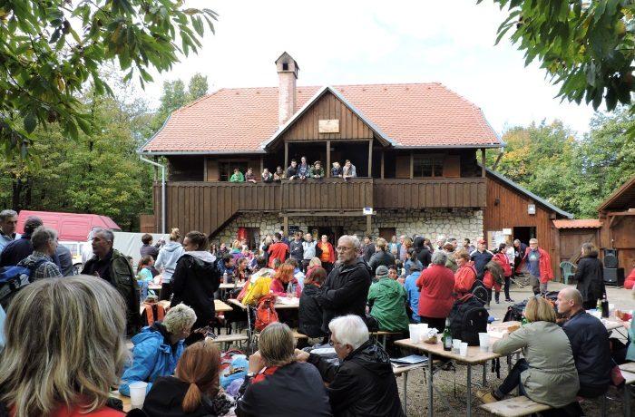 Planinarska kestenijada na Hrastovičkoj gori subota 14. listopada 2017. godine.